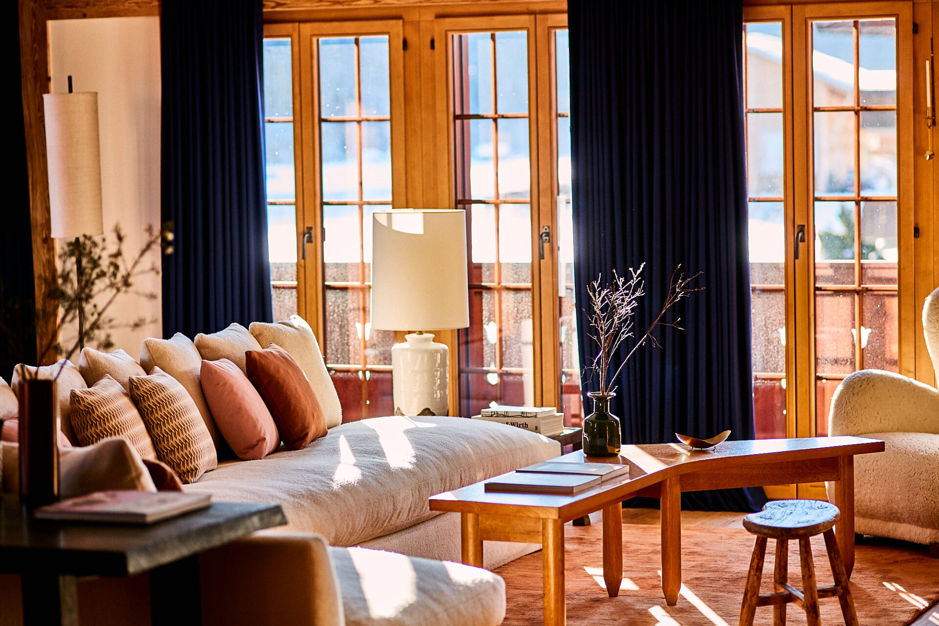 An apartment for a lady in Gstaad. — Casa Muñoz casa muÑoz CASA MUÑOZ: A LUXURIOUS INTERIOR STUDIO FROM MADRID GM GSTAAD  169 1 1920x1280
